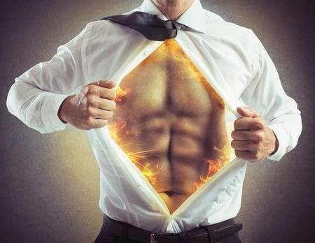 実はちょっとの努力で腹筋は鍛えられる。家でもできる腹筋を鍛えるクランチとは