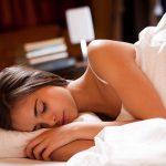痛風の原因と筋トレ効果にも関係が深いのが、睡眠の質。その睡眠の質を高めるのがこれだった!