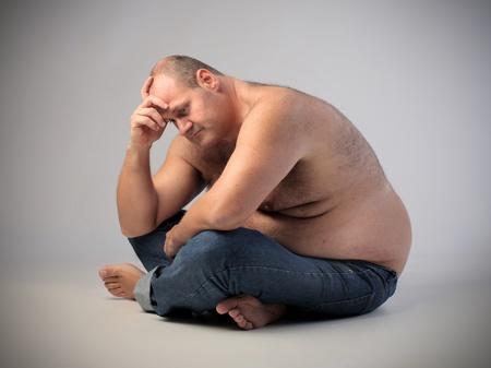 痩せやすい体質なのに、筋トレを中止したら太ってしまった。その原因は?